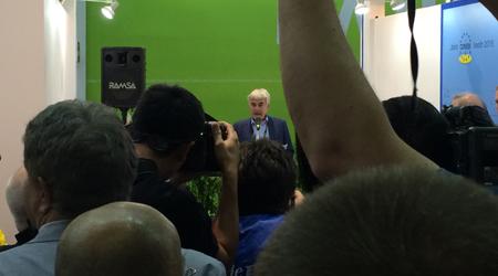20150318-CONEBI-press-conference
